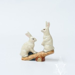 Two Rabbits on See-Saw, VFA Nr. 9910